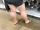 Phat booty in shorts Lesbian