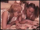 GirlFriends twilightwomen