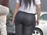 StreetLatinASS: Big booty latinas