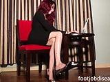Mistress Raven Rae Secretary Ignore