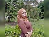 Nabila trong tetek besar