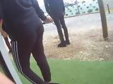 Une fille avec un jolie leggings noir candid sexy