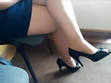 Wife shoeplay in bongo heels