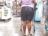 Candid black chick big ol juicy booty