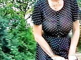 Sekretaerin Gisela in transparentem Kleid